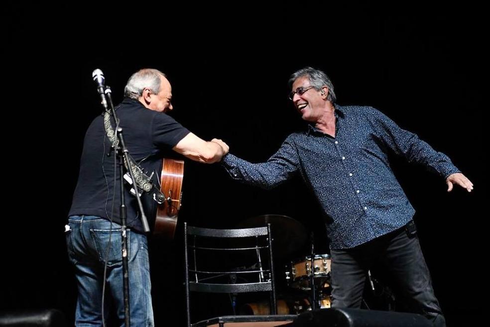 Toquinho e Ivan Lins em show conjunto — Foto: Divulgação