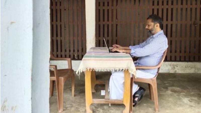 Sridhar explica que a tecnologia permitiu que ele trabalhasse da aldeia remota (Foto: ZOHO CORP)