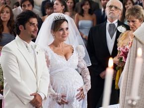 Berilo (Bruno Gagliasso) e Jéssica (Gabriela Duarte) se casam ...