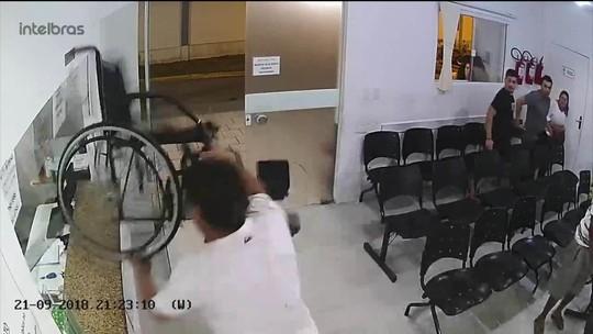Pai e filho quebram recepção de hospital em Itapema