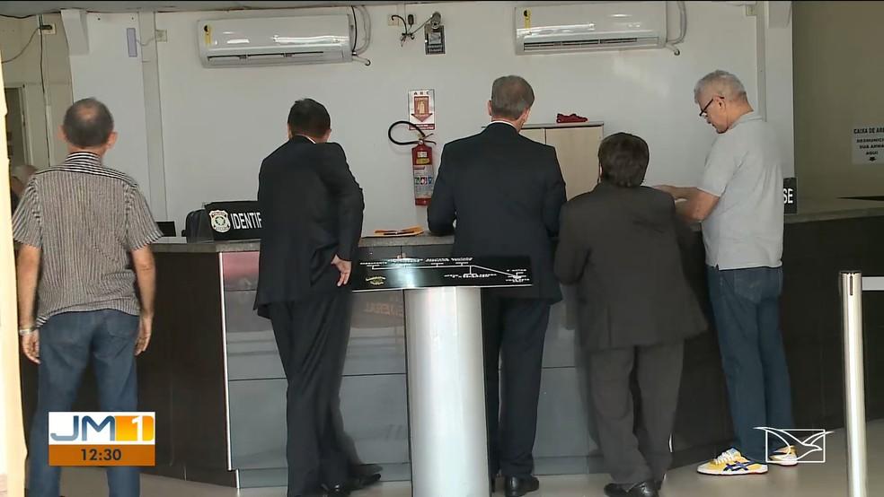 Deputados federais que integram Comissão de Segurança Pública ouviram depoimentos na sede da Polícia Federal (PF) em São Luís. — Foto: TV Mirante / Reprodução