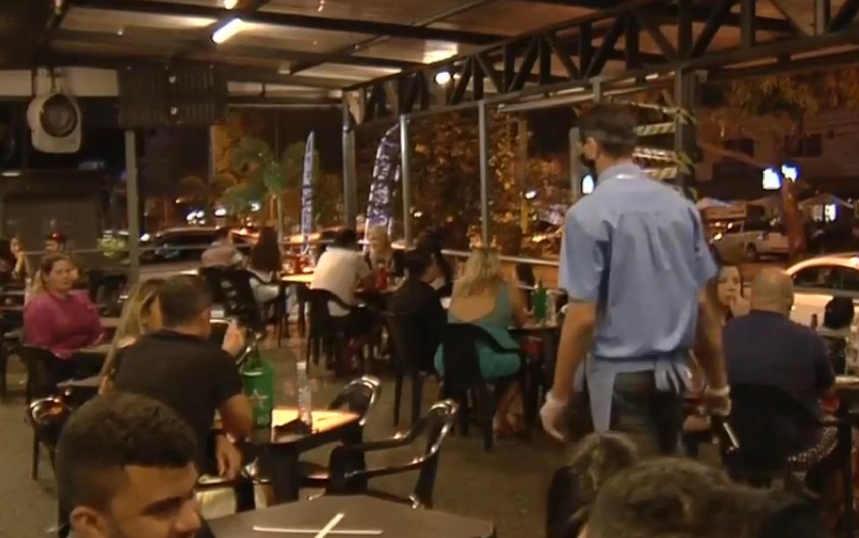 Novo decreto de Goiás define horário de funcionamento para o comércio e fecha bares aos fins de semana