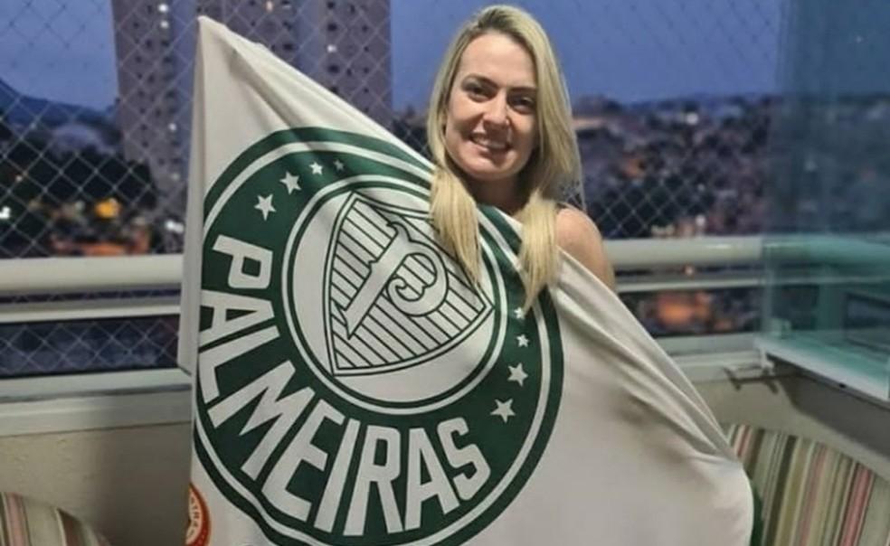 Érica Fernandes, torcedora palmeirense que foi morta pelo marido corinthiano Leonardo Souza Ceschini — Foto: Arquivo pessoal