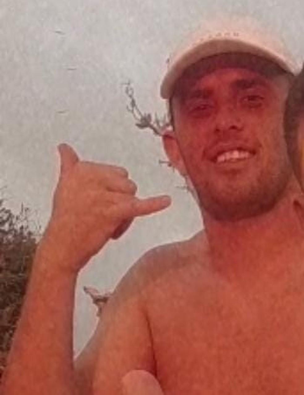 Kleber Adonay Bezerra tinha 24 anos de idade e morreu em acidente em Ponta Negra, em Natal — Foto: Arquivo pessoal/cedida