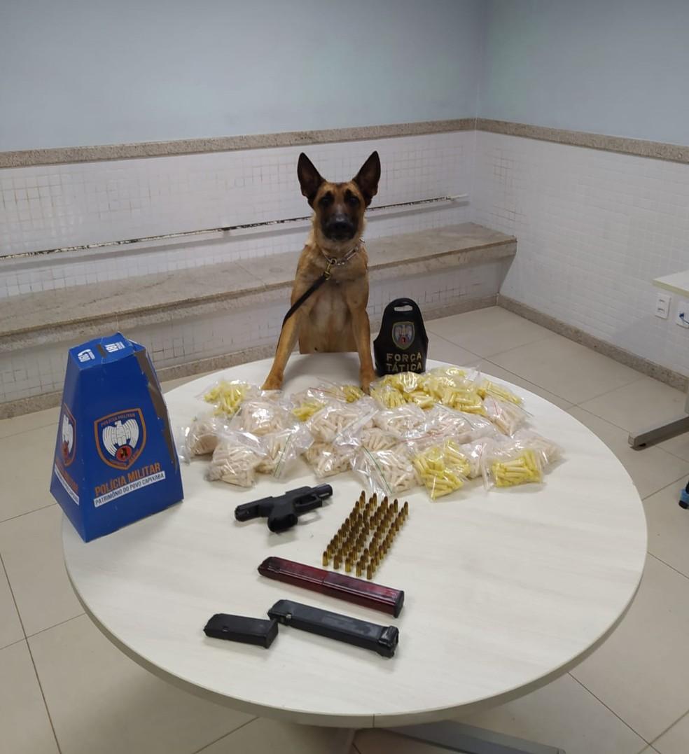 Cocaína apreendida em Bandeirantes, Cariacica nesta quinta-feira (14) — Foto: Reprodução/TV Gazeta