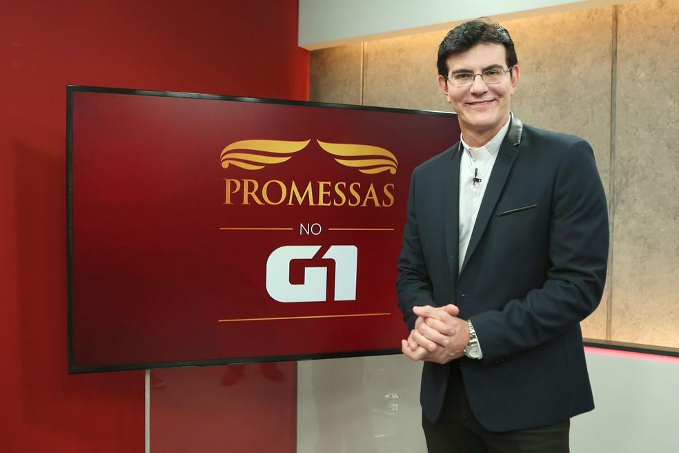 -  Padre Reginaldo Manzotti participa do programa Promessas  Foto: Celso Tavares/G1