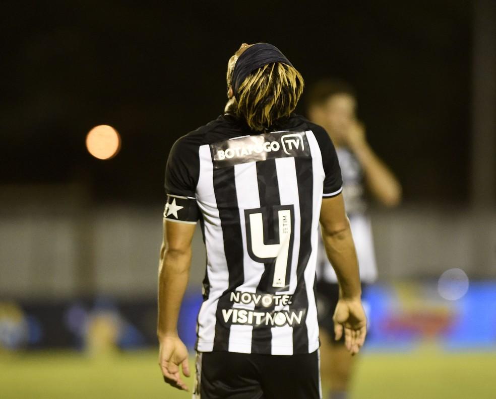 Honda deixa o Botafogo após nove meses — Foto: André Durão/ge