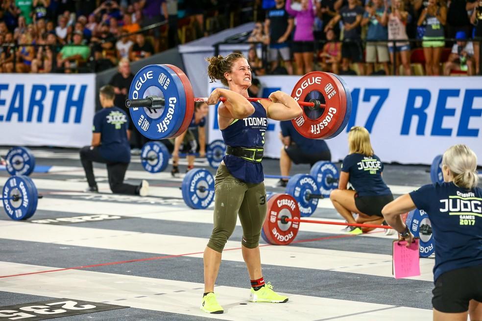 Tia-Clair Toomey conquista o título entre as mulheres na principal categoria (Foto: Photo courtesy of CrossFit Inc.)