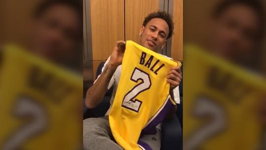 "Neymar recebe presente de Lonzo Ball e agradece: ""Te vejo em breve"""