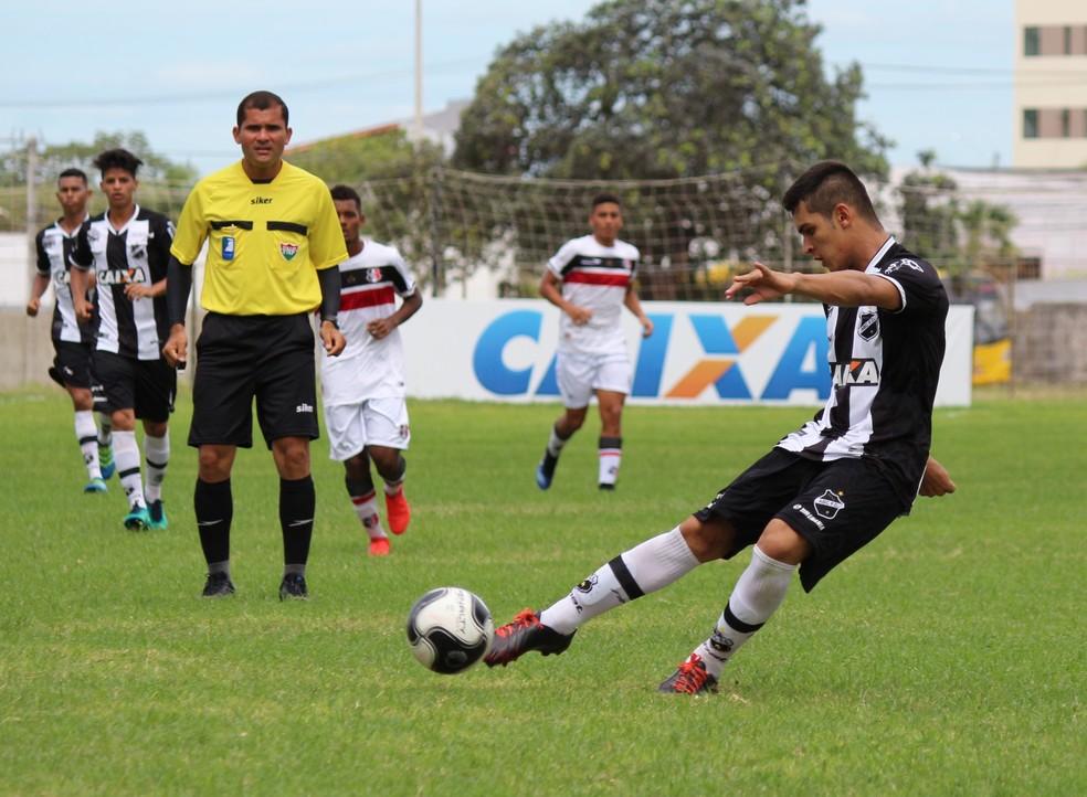ABC estreia contra o Santa Cruz de Natal no Campeonato Potiguar Sub-17 (Foto: Andrei Torres/ABC)