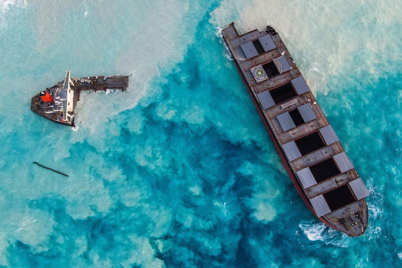 Operador de navio que derramou petróleo nas Ilhas Maurício promete pagar US$ 9,4 milhões em reparações