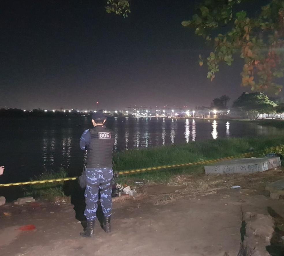Homem é preso suspeito de assassinar funcionário de oficina e jogar corpo da vítima em lagoa. — Foto: Rafaela Duarte/ Sistema Verdes Mares