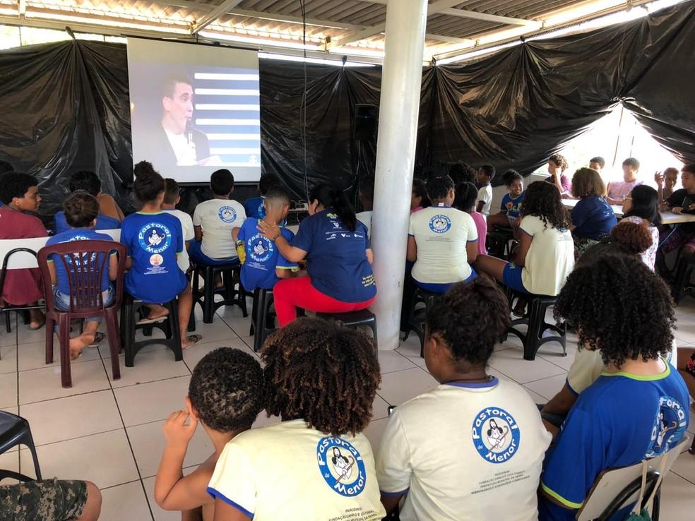 Família e amigos acompanharam o programa neste domingo (7) no Espírito Santo — Foto: Fabio Linhares/ TV Gazeta