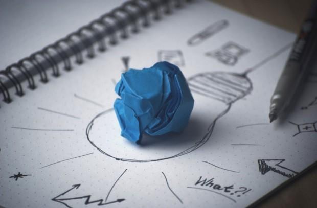 Brainstorming - geração de ideias - troca - criatividade - perguntas - ideia - solução - resolução (Foto: Pexels)