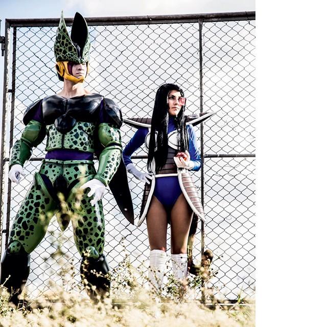 Julius e sua namorada, Danielle Reis, encarnam os personagens Cell e Vegeta, de Dragon Ball, produzidos pelo The Guardians Studio do cosmaker Julius Kaesar, 26 (Foto: Divulgação)