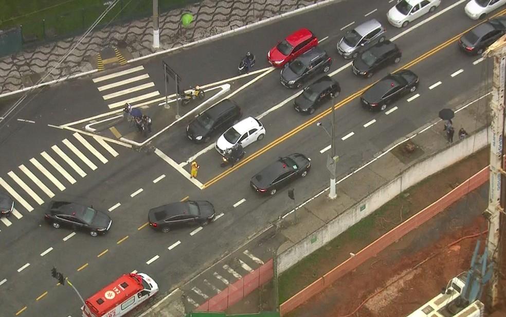 Presidente Jair Bolsonaro deixa hospital em SP após 17 dias internado — Foto: Reprodução/TV Globo