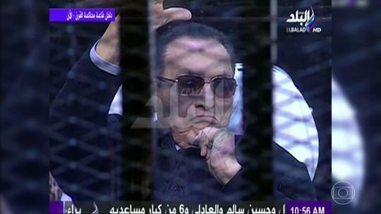 Ex-presidente do Egito sai da prisão