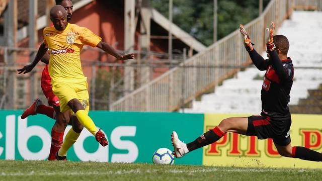 a7364c9b08126 Brasiliense 0 x 0 CRB - Copa do Brasil 2019 Primeira fase - Tempo ...