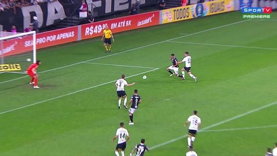Gaciba vê pênalti não marcado para o Vasco; confira o lance em detalhes