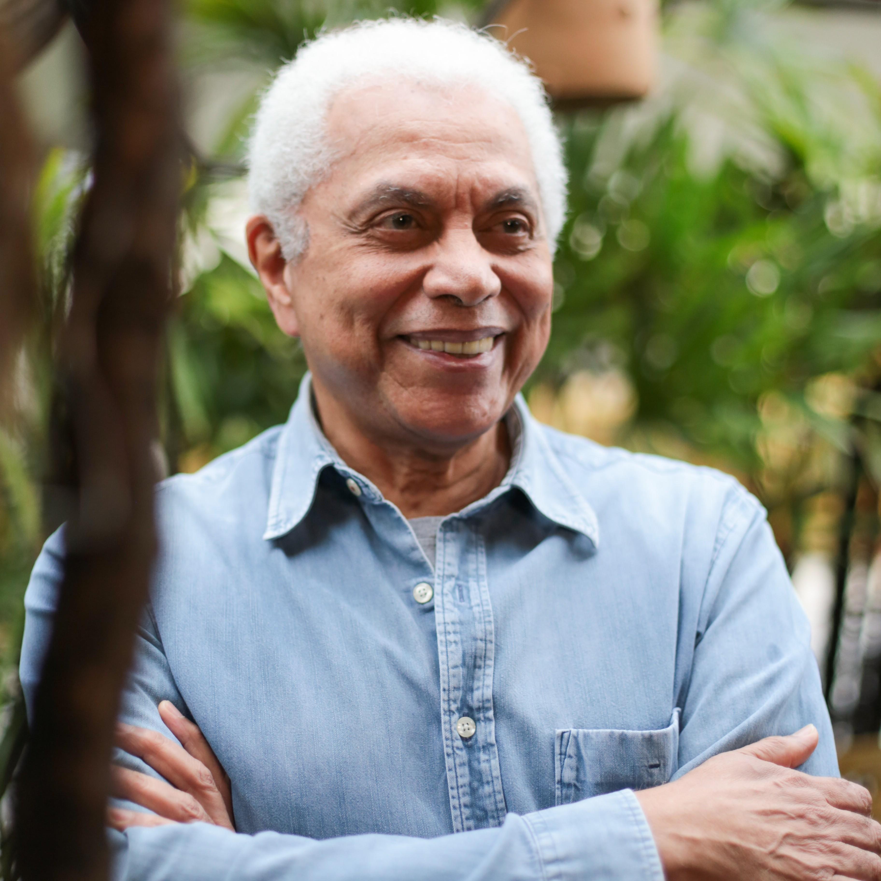 Paulinho da Viola faz live neste sábado, com transmissão no Globoplay; veja como assistir