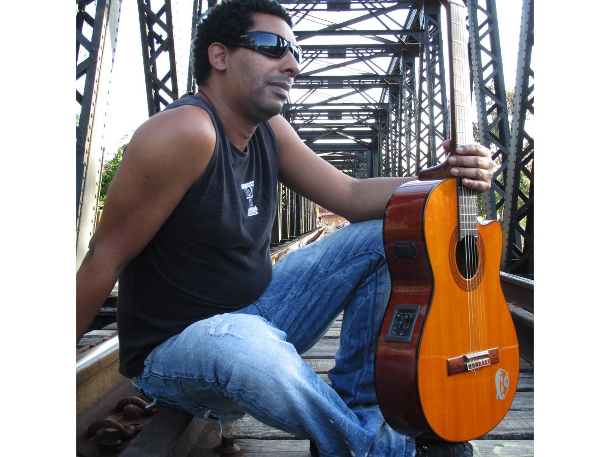Com MPB e canções autorais no repertório, músico Enio Lobo se apresenta em Guararema