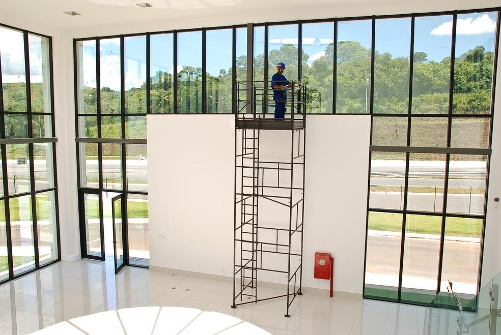 Aluguel de andaimes e outros equipamentos e ferramentas pode ser feito na Casa do Construtor — Foto: Casa do Construtor/Divulgação