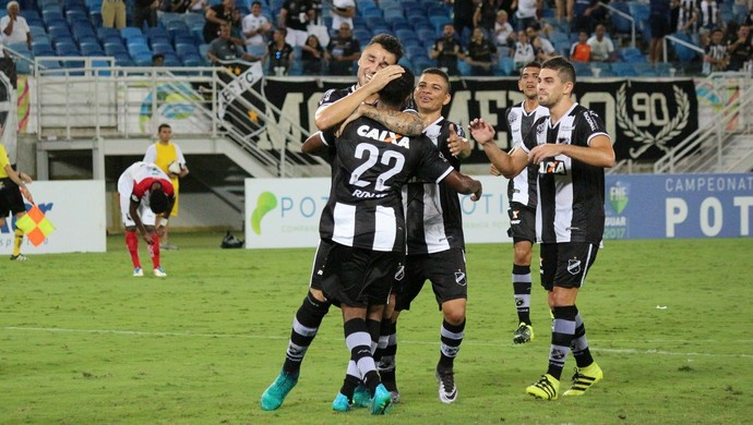 Marques ABC Santa Cruz de Natal gol comemoração (Foto: Andrei Torres/ABC)