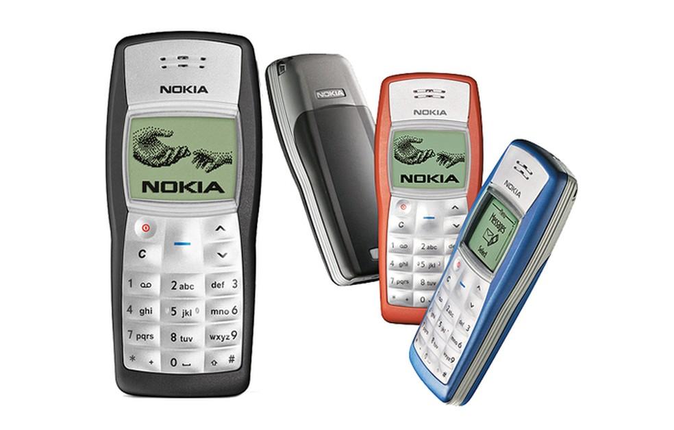 O Nokia 1100 tinha várias cores disponíveis  � Foto: Divulgação/Nokia