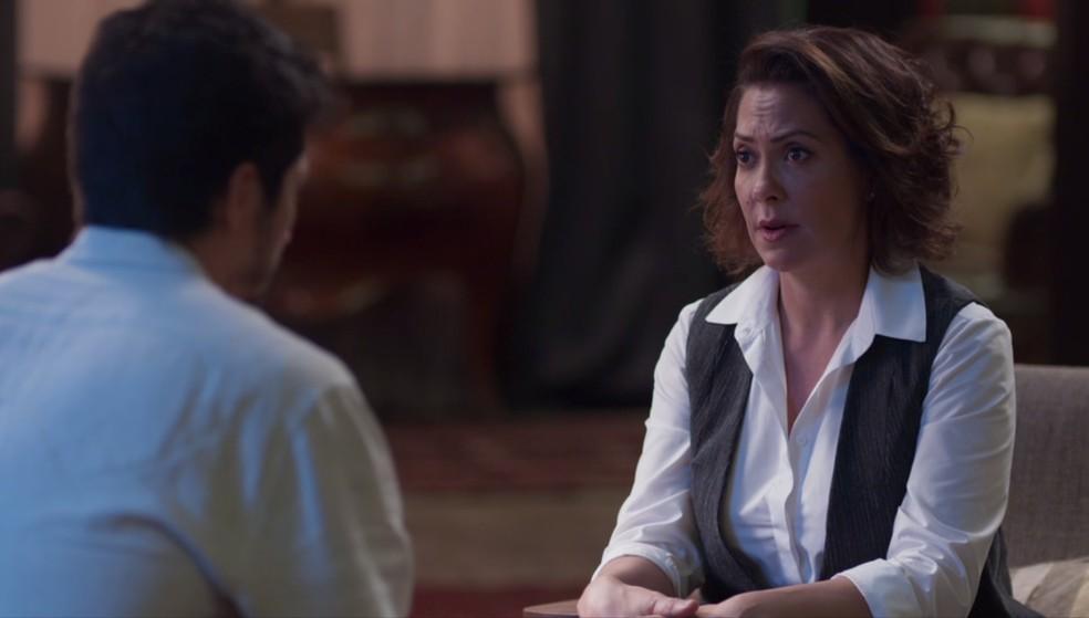 Nana (Fabiula Nascimento) aconselha Marcos (Romulo Estrela) a não magoar Paloma (Grazi Massafera) — Foto: Globo