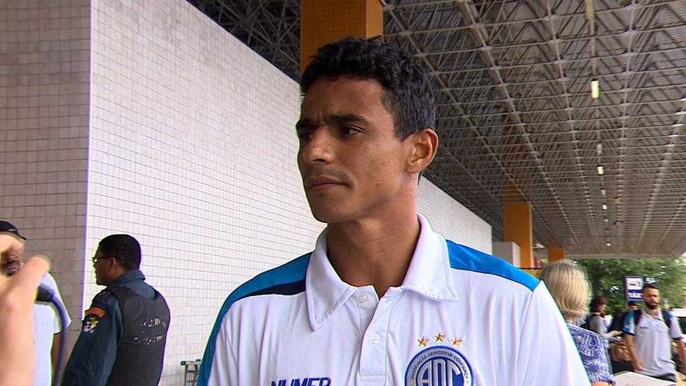 Rafael Vila, meia do Confiança (Foto: Reprodução/TV Sergipe)