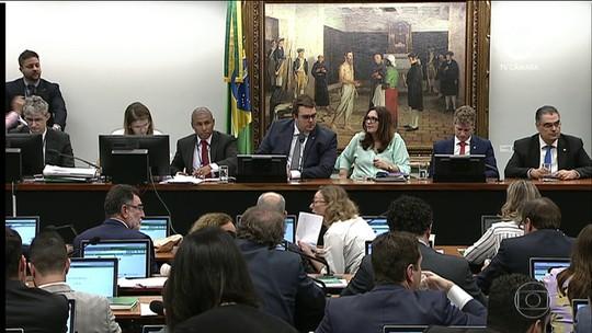 Governo negocia alterações no texto da Previdência para facilitar aprovação na CCJ, diz secretário