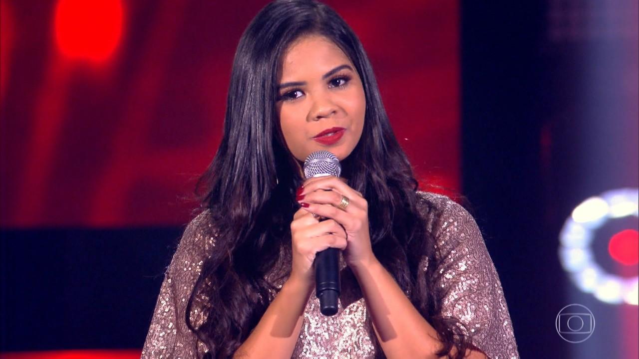 Anna Lima canta 'Dona de Mim'