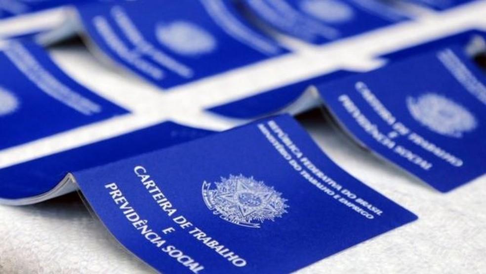 Desemprego em 2021 deve chegar a 15,6%, estima Ibre-FGV — Foto: VALDECIR GALOR/SMCS via BBC