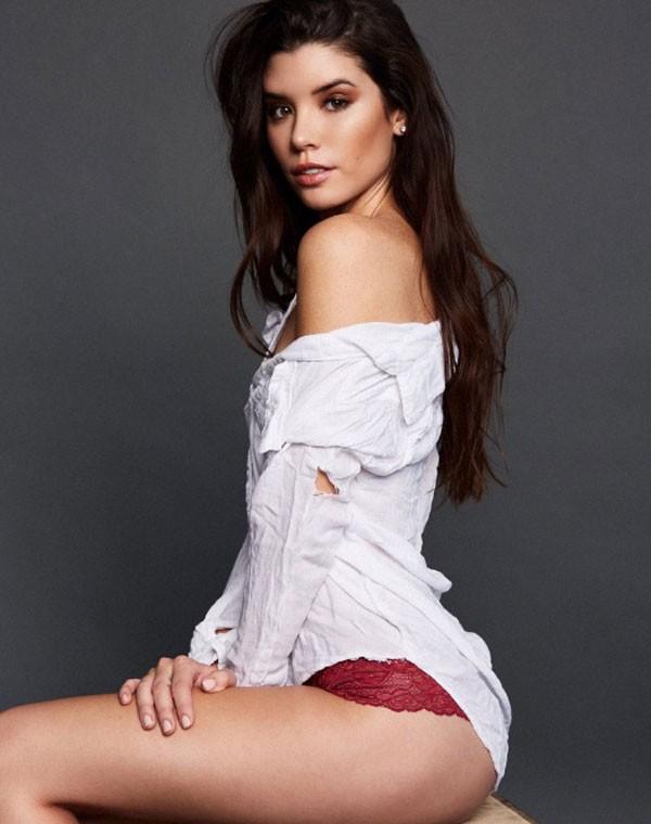 A modelo Grace Phillips (Foto: Reprodução/Twitter)
