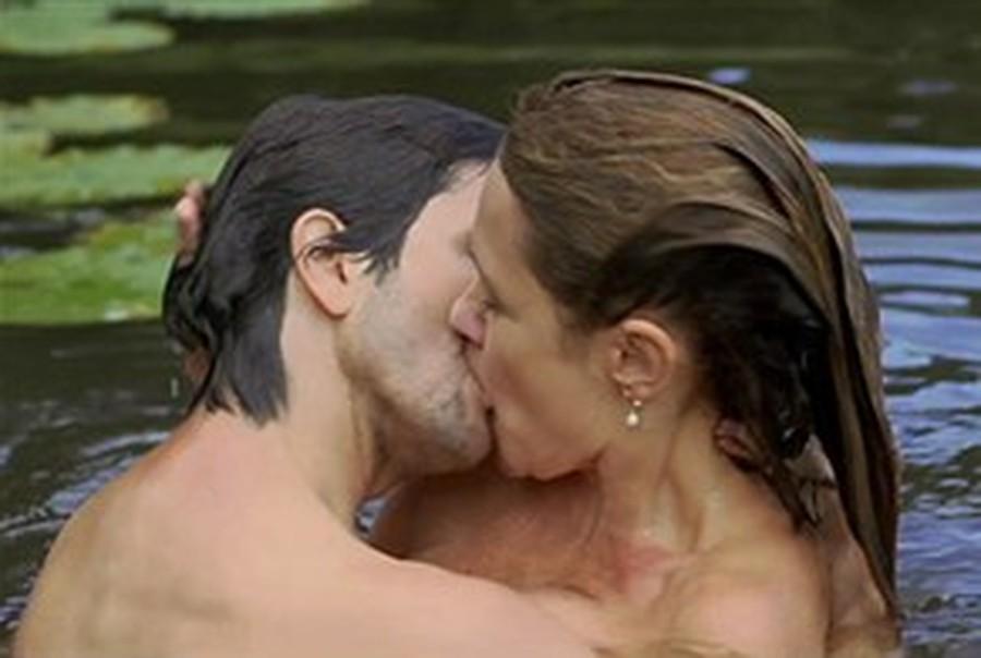 video Adriana Esteves