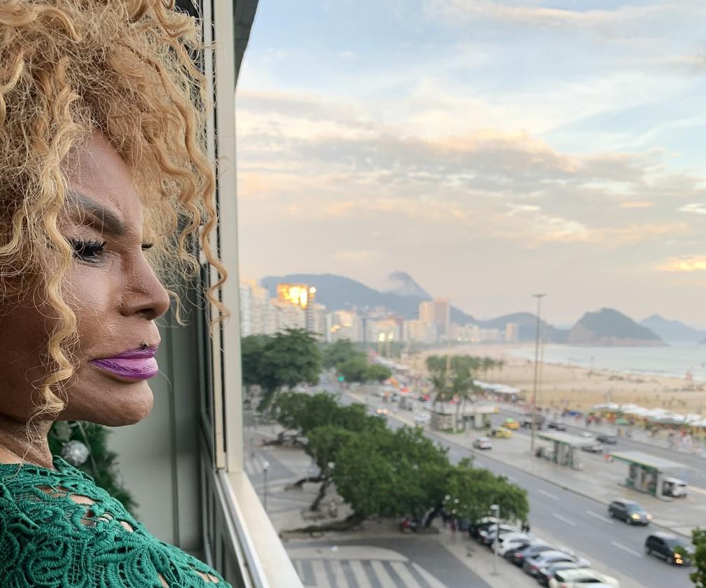 Elza Soares passa quarentena no apartamento de Copacabana — Foto: Divulgação/Pedro Loureiro