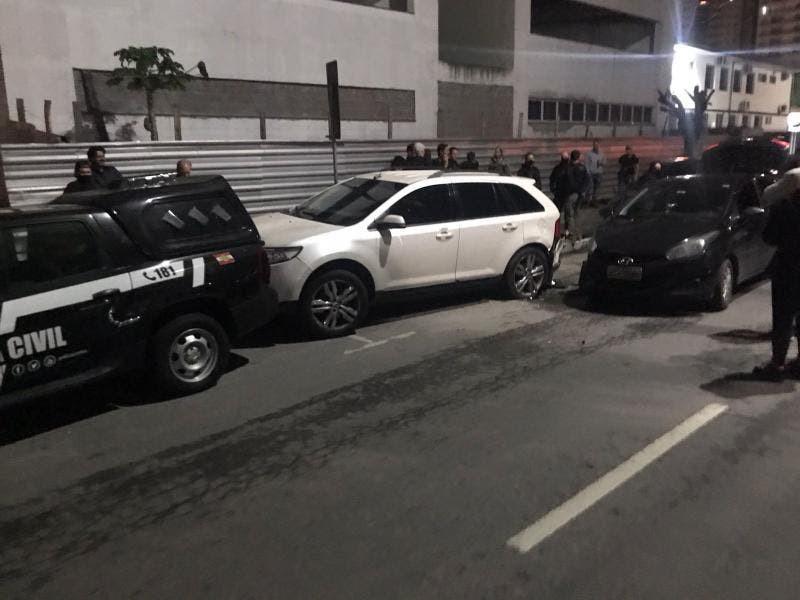 Motorista bêbada bate em viaturas e atrapalha megaoperação da polícia em Itajaí