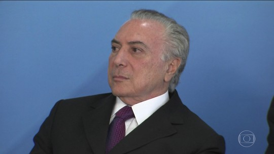 Marco Aurélio nega suspender votação única da denúncia contra Temer e ministros