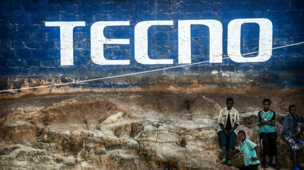 A Transsion, fabricante responsável pelo Tecno W2, contribui com 18% dos cliques suspeitos na África — Foto: Reprodução/AndroidAuthority