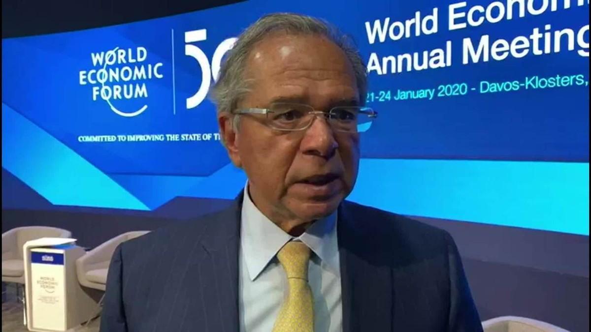 'O pior inimigo do meio ambiente é a pobreza', diz Paulo Guedes em Davos