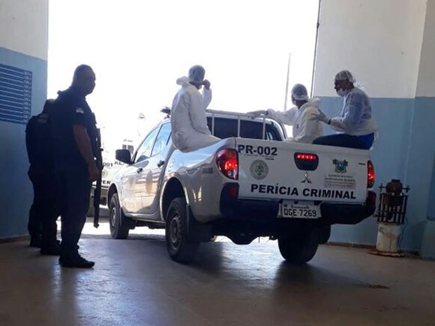 Neste sábado (21), peritos do Itep foram a Alcaçuz em busca de corpos  (Foto: Sejuc/Divulgação)