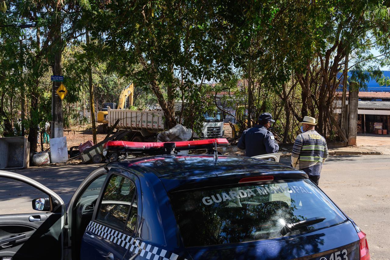 Reintegração de posse de área pública deixa catador de recicláveis desabrigado em Campinas