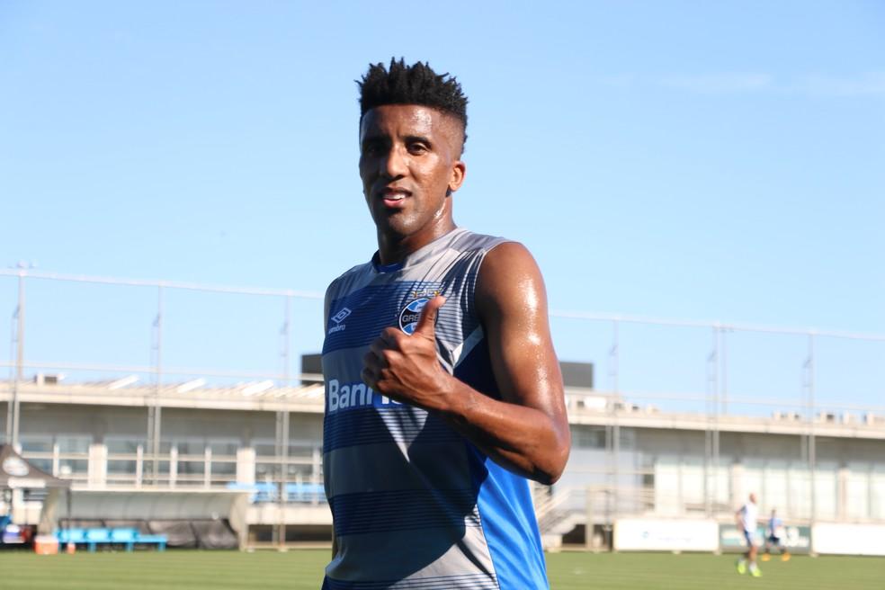 Bruno Cortez voltou aos treinos (Foto: Eduardo Moura)