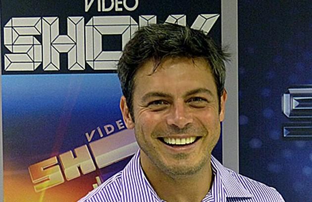 Luigi Baricelli comandou o programa em 2009 (Foto: TV Globo)
