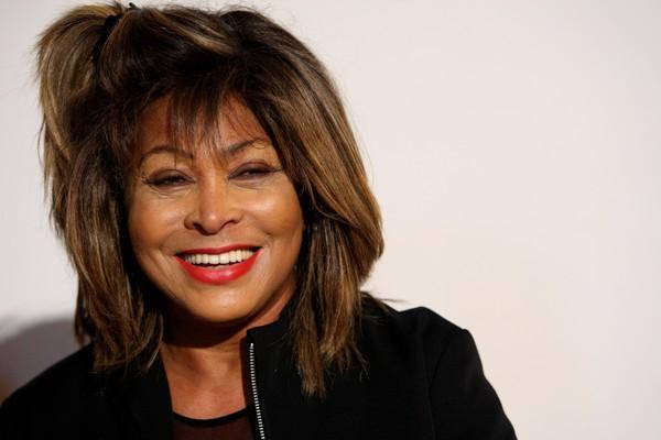 Tina Turner transformou sua vida em um bestseller ao contar sobre o início de sua carreira, as surras de seu ex-marido abusivo e o seu retorno ao sucesso (Foto: Getty Images)