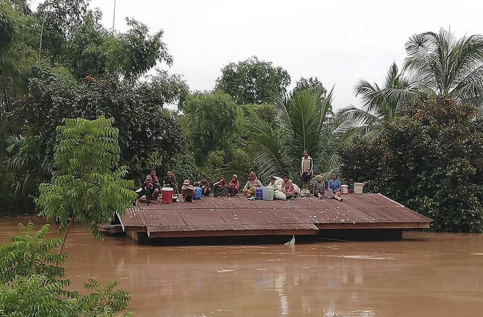 laos - Represa se rompe e deixa centenas de desaparecidos no Laos