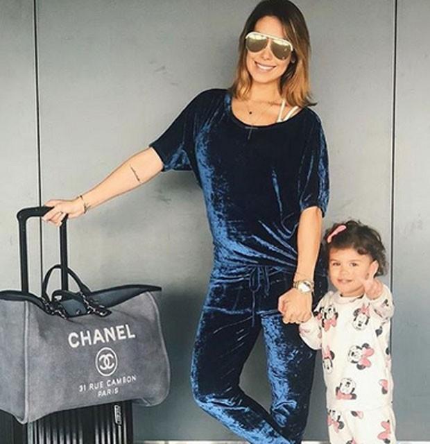 Bella Falconi e a filha (Foto: Reprodução)