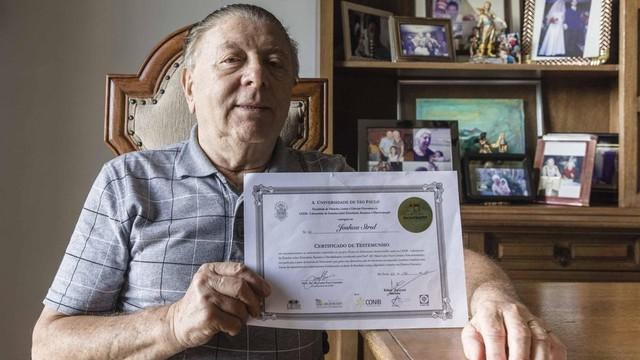 Strul trabalhou como ambulante quando chegou ao Brasil (Foto: Gui Christ / BBC)