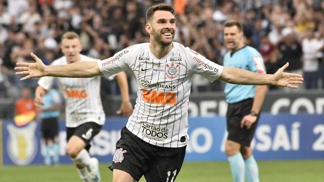 Boselli festeja o primeiro gol do Corinthians