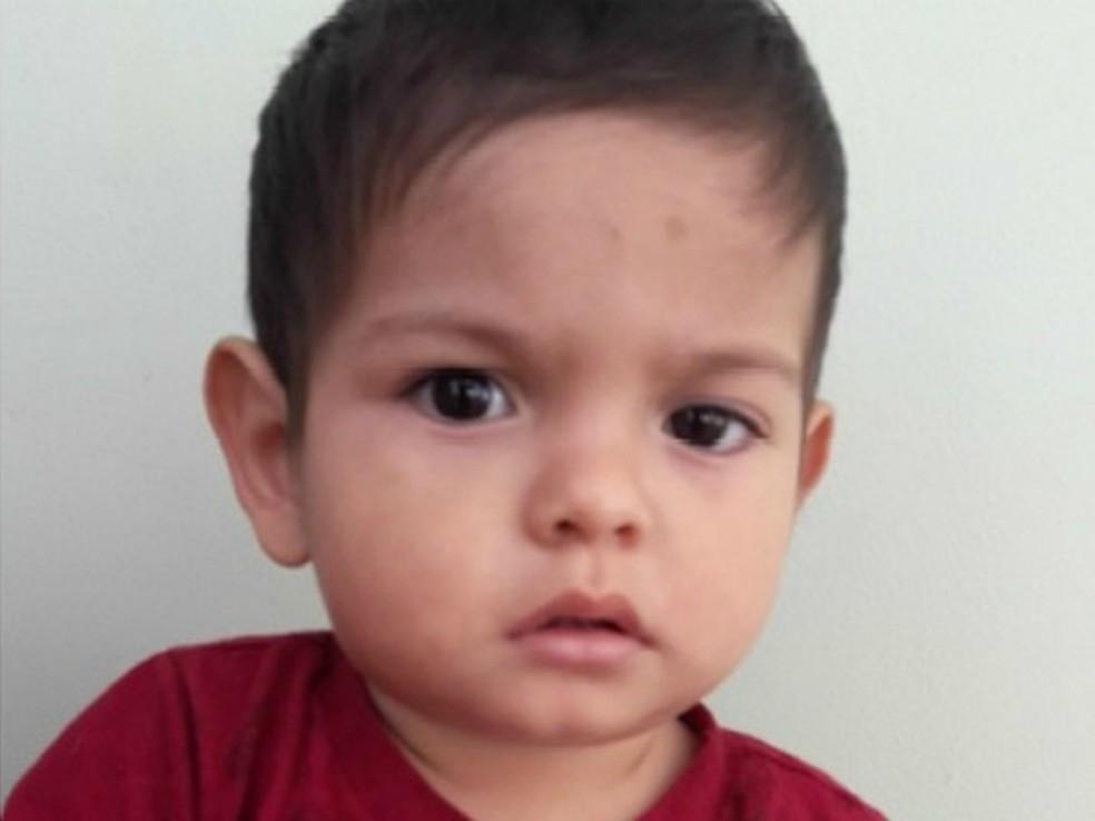 Resultado de imagem para O menino de pouco mais de um ano de idade encontrado há 15 dias em Cascavel, no oeste do Paraná,